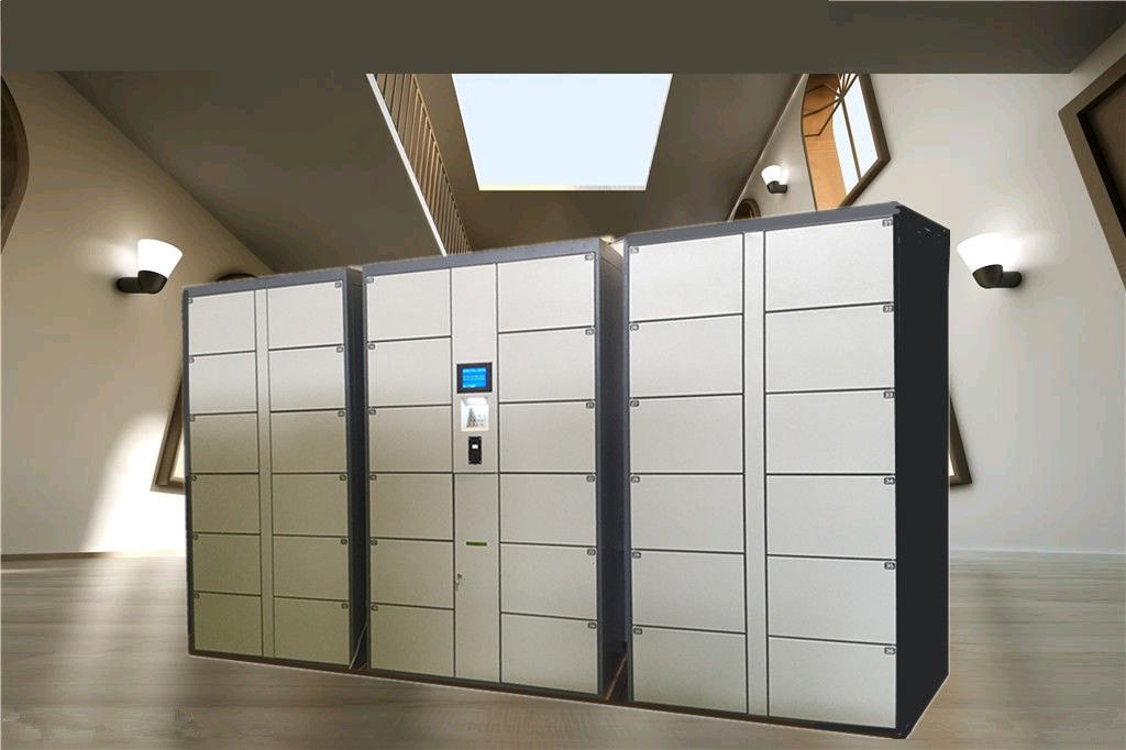 36 Doors Automatic Storage Luggage Lockers For Gym / Swimming Pool / Water Park with Steel Enclosure supplier