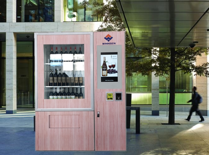 Winnsen Mini Mart Wine Vending Machine With Elevator Lift System , 22 Inch Touch Screen