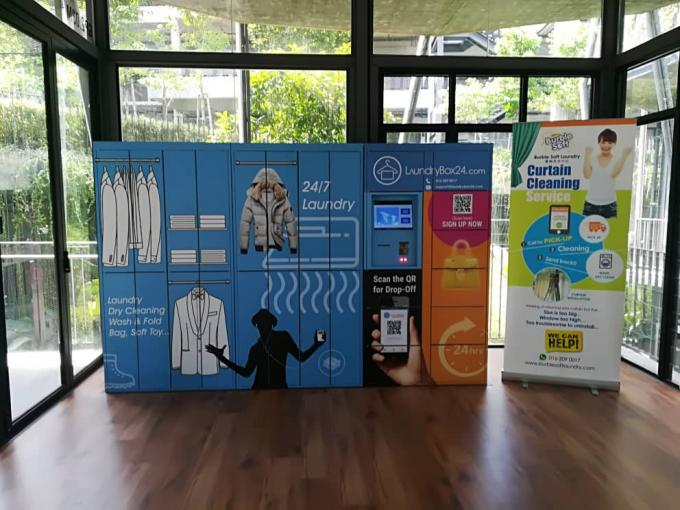 High End Self Service Pick Up Dry Cleaning Locker Laundry Locker Systems With Advertising Screen