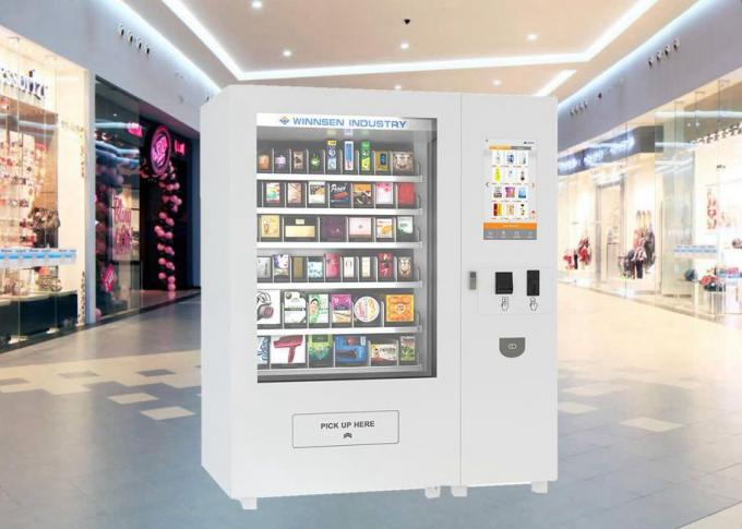CE Mini Mart Vending Machine , Retial Kiosk Solutions for Selling Different Package Size Goods